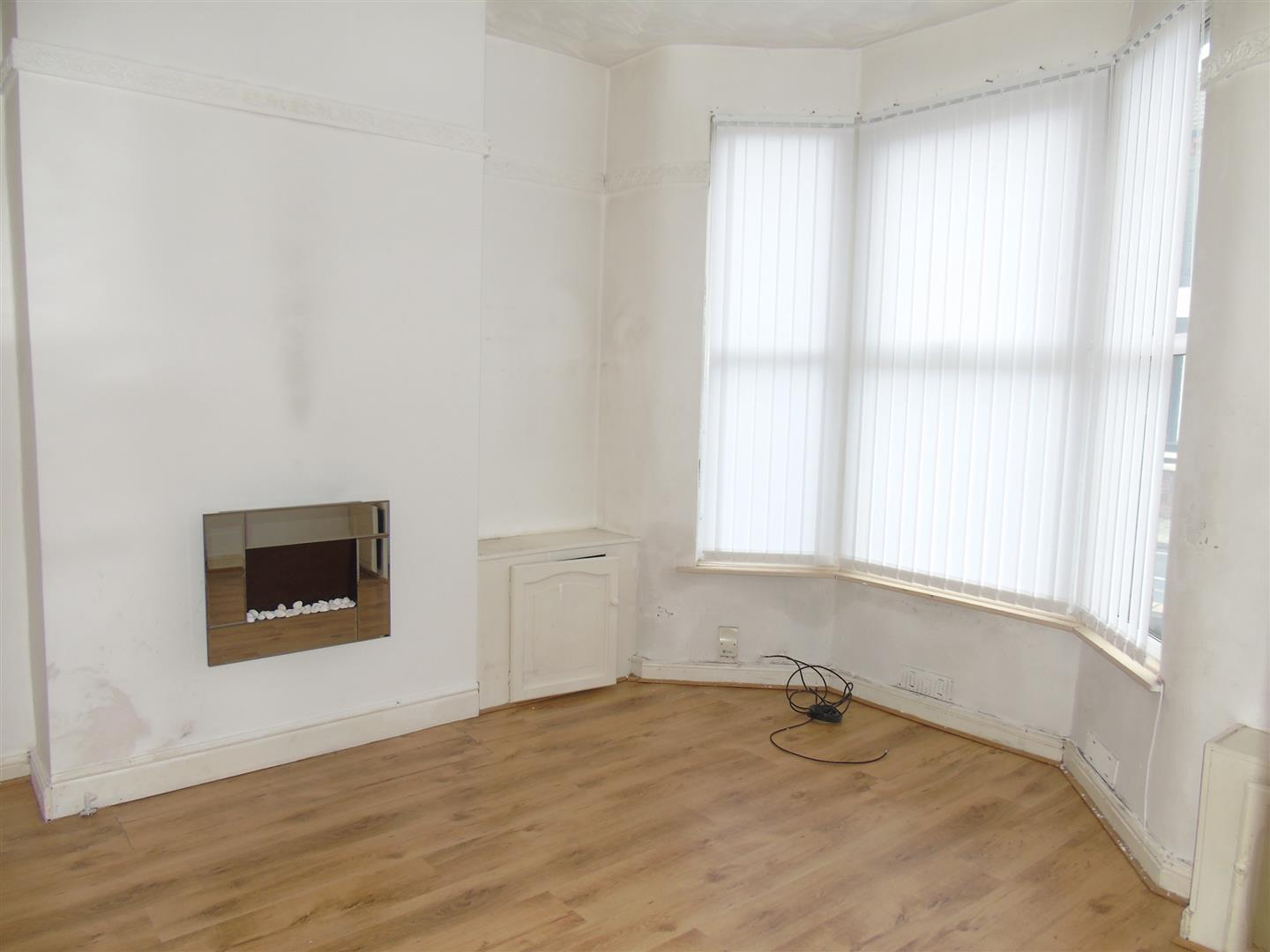 3 Bedrooms, House - Mid Terrace, Dunluce Street, Liverpool